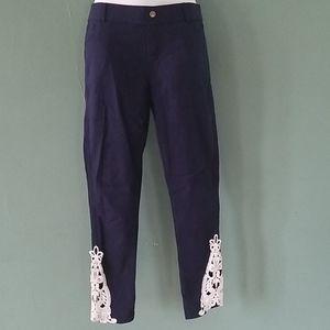 Amaryllis Navy Cropped Pants Large